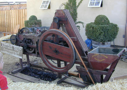 walnut huller machine